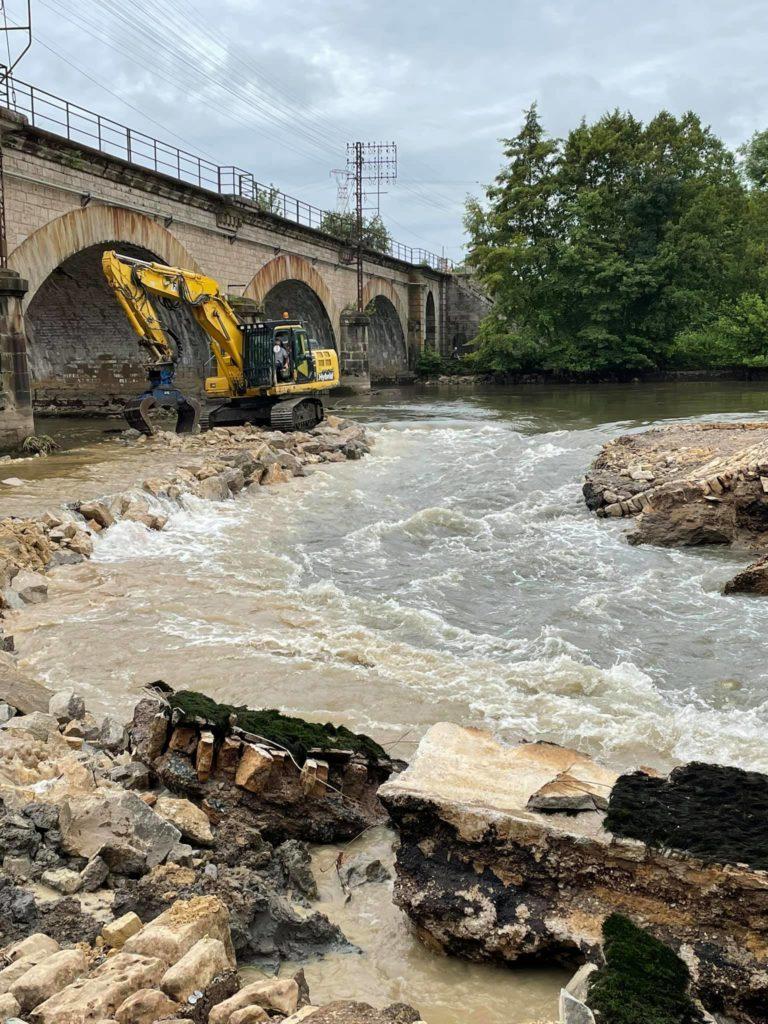 barrage a Conflandey